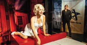 Marilyn Monroe ve Brad Pitt İstiklal Caddesi'nde!
