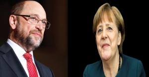 Merkel Ve Schulz Koalisyon İçin Anlaştı