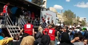 AFAD Ve KIZILAY, Afrin'de Gıda Ve Hijyen Malzemesi Dağıttı