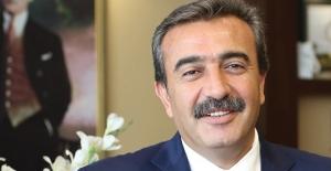Çukurova Belediye Başkanı Çetin En Başarılı İlçe Belediye Başkanı Seçildi