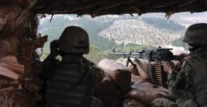 Hudut Hattına Saldıran 8 Terörist Etkisiz Hale Getirildi