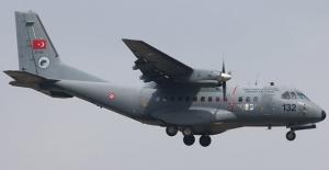 Türk Jetinin Enkaz Çalışmasında Görev Alacak Personel İçin Hava Kuvvetleri Devrede