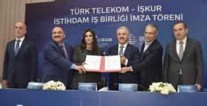 Türk Telekom'dan 2500 Kişilik Dev İstihdam Atağı