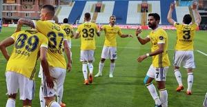 Fenerbahçe, Kasımpaşa'ı 4-1 Mağlup Etti