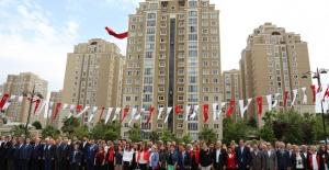 19 Mayıs Ataşehir'de Resmi Törenle Kutlandı