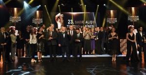 23. Sadri Alışık Ödülleri Sahiplerini Buldu