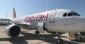 Rusya'dan Antalya'ya Giden Pegasus Uçağı Kazakistan'a Acil İniş Yaptı