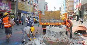 Bakırköy'deki Ebuzziya Ve Fahri Korutürk Caddeleri Yenileniyor