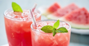 Kavurucu Sıcaklarda Serinleten 8 Sağlıklı İçecek