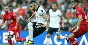 Beşiktaş Vodafone Park'ta Yıkıldı
