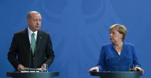 Cumhurbaşkanı Erdoğan'dan Can Dündar Açıklaması: Ajandır, Devletin Sırlarını İfşa Etmiştir