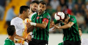 Galatasaray, Akhisar'da Dağıldı