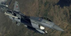 Irak'ın Kuzeyine Hava Harekatı: Sığınak Ve Silah Mevzileri İmha Edildi
