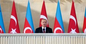 """""""Türkiye, Azerbaycan'ın Ticari, Ekonomik Ve Kültürel Alanlarda En Önemli Ortağı Konumundadır"""""""