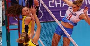Sarı Melekler, Dinamo Moskova'yı Deplasmanda 3-1 Mağlup Etti