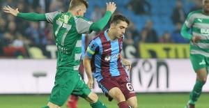 Trabzonspor İle Bursaspor Puanları Paylaştı