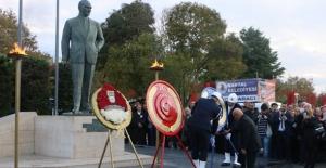 Ulu Önder Gazi Mustafa Kemal Atatürk Sonsuzluğa Uğurlanışının 80. Yılında Kartal'da Anıldı