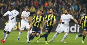Fenerbahçe, Kasımpaşa İle puanları Paylaştı
