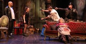 """İBB Şehir Tiyatroları'nın Yeni Oyunu """"Tatlı Kaçık"""""""