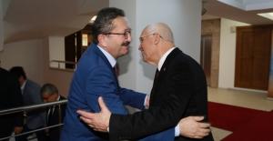 "Başkan Yaşar, ""Benim Yaşamımda Kavga Yok"""
