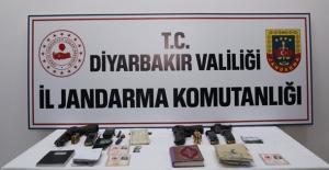 Diyarbakır'da 4 Terörist Etkisiz Hale Getirildi