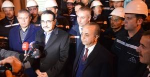 Enerji Ve Tabii Kaynaklar Bakanı Dönmez, Yeni Yılı SEDAŞ İşletme Bakım Ekipleri İle Karşıladı