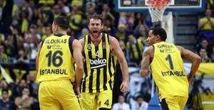 Fenerbahçe Beko, Zalgiris Kaunas'ı Farklı Mağlup Etti