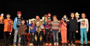 Kent Tiyatrosu Yeni Yılda Dolu Dolu