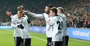 Beşiktaş, Bursaspor'u Burak'ın Golleriyle Devirdi