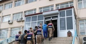Metropol Şehirlerde Eylem Hazırlığında Olan 3 Terörist Yakalandı