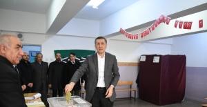 """Bakan Selçuk, """"Seçimlerde Oy Kullanmak Da Bir Millet Ödevidir"""""""