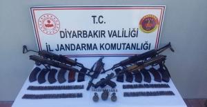 Diyarbakır'ın Lice Ve Kulp İlçeleri İle Bingöl'ün Genç İlçesi Çok Sayıda Mühimmat Ve Malzeme Ele Geçirildi