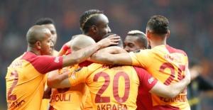 Galatasaray 3 Puanı 3 Gol İle Aldı