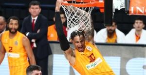 Galatasaray, Tofaş'ı 76-75 Mağlup Etti