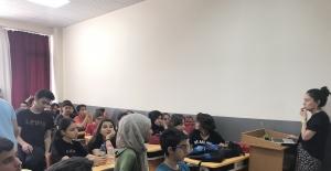 Adana Büyükşehir'den Öğrencilere Sınav Kaygısını Yenmeleri Konusunda Destek