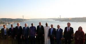 Cumhurbaşkanı Erdoğan, Misafir Devlet Ve Hükûmet Başkanları Onuruna Akşam Yemeği Verdi