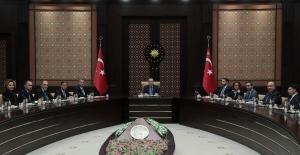 Cumhurbaşkanı Erdoğan, TÜSİAD Yönetim Kurulu Üyelerini Kabul Etti
