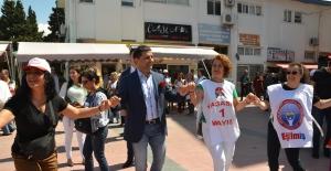Kuşadası Belediyesi'nde Coşkulu 1 Mayıs Kutlaması