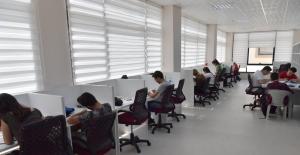 Çukurova Belediyesinden Öğrencilere Rahat Ders Çalışma Ortamı