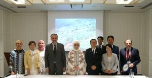 Emine Erdoğan, Kamikatsu Belediye Başkanı Hanamoto Ve Sıfır Atık Akademisi Yetkilileriyle Görüştü