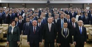 Cumhurbaşkanı Erdoğan, Anayasa Mahkemesi üyesi Menteş'in Yemin Törenine Katıldı
