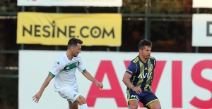 Fenerbahçe Hazırlık Maçında Bursaspor'u 2-0 Mağlup Etti