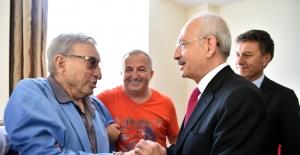 Kılıçdaroğlu, Usta Sanatçı Haldun Dormen'i Ziyaret Etti