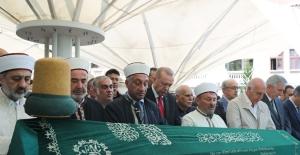 Cumhurbaşkanı Erdoğan, Prof. Dr. Emin Işık'ın Cenaze Törenine Katıldı