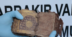 Diyarbakır'da Roma Dönemine Ait Tarihi Kitap Ele Geçirildi
