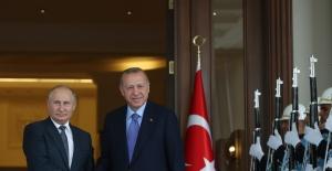 Cumhurbaşkanı Erdoğan, Rusya Devlet Başkanı Putin İle Bir Araya Geldi