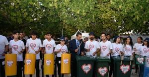 Başkan Çetin, Dünyanın En İlginç Orkestrasına Eşlik Etti