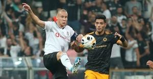 Beşiktaş, Wolves'a Uzatmada Teslim Oldu