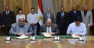 Çin, Mısır'da Elektrikli Araç Şarj Fabrikası Kuruyor