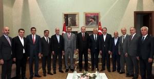 Cumhurbaşkanı Erdoğan, Türkiye-AB Karma İstişare Komitesi Üyelerini Kabul Etti